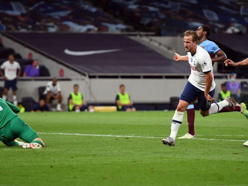 Hary Kane cetak gol