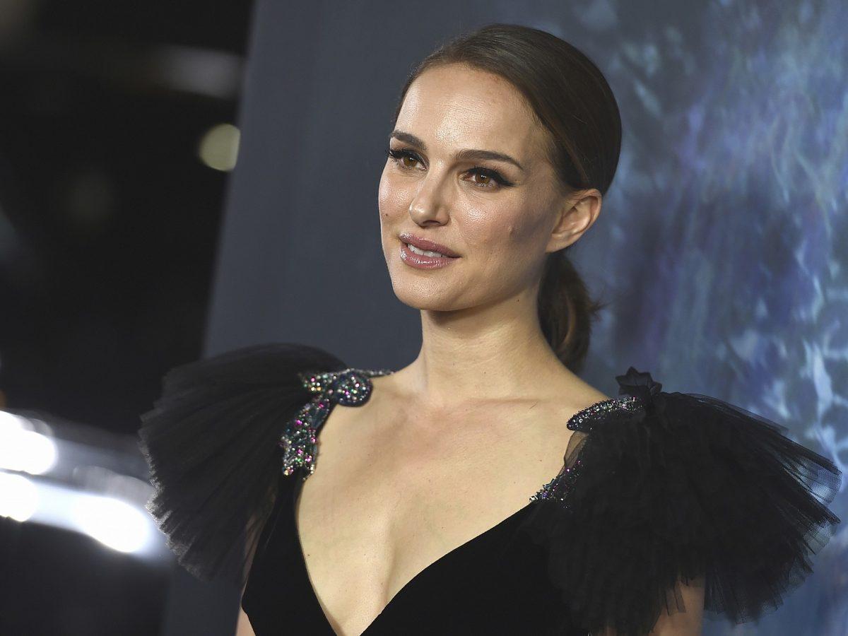 Natalie Portman Wanita Tercantik di Dunia
